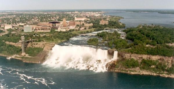 electrostanzija-na-niagarskom-vodopade