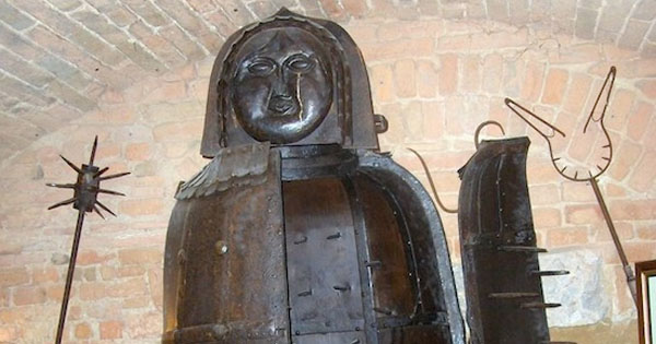 newrnbergskaja-dewa